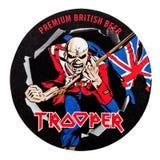 LONDYN, UK - LUTY 04, 2018: Kawalerzysta premii beermat Brytyjski Piwny kabotażowiec odizolowywający na bielu Zdjęcia Stock