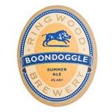 LONDYN, UK - LUTY 04, 2018: Ringwood browaru Boondoggle beermat kabotażowiec odizolowywający na bielu Zdjęcia Stock