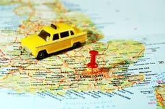 Londyn, UK mapy szpilki taxi obraz royalty free