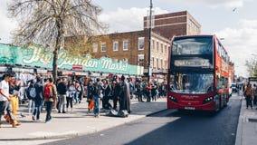 Londyn, UK - 2nd Kwiecień, 2017: Camden kędziorka most który jest f Obrazy Stock
