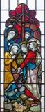 LONDYN WIELKI BRYTANIA, WRZESIEŃ, - 19, 2017: Chrystus Dzwoni Peter i Andrew na witrażu w St opata ` s Maryjnym kościół Obraz Stock