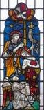 LONDYN WIELKI BRYTANIA, WRZESIEŃ, - 19, 2017: Chrzczenie Chrystus na witrażu w St opata ` s Maryjnym kościół Obraz Royalty Free