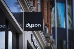 Londyn, Wielki Londyn, Zjednoczone Królestwo, 7th 2018, A znak i logo dla Dyson Luty, fotografia stock