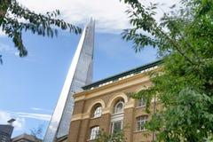 LONDYN, WRZESIEŃ - 25, 2016: Oddolny widok czerepu budynek Ja i obraz stock