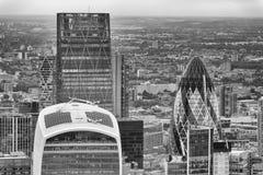 LONDYN, WRZESIEŃ - 24, 2016: Widok z lotu ptaka miasto Londyński skyli Fotografia Stock