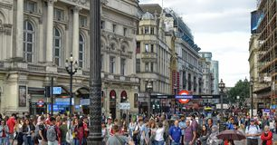 Londyn, Zjednoczone Kr?lestwo, Czerwiec 14 2018 Piccadilly cyrk obraz stock