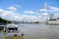 Londyn, Zlany królestwo - widok Londyński oko obraz stock