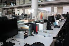Londyn, Zlany królestwo - Wrzesień 2017: Przybrany architekta ` s studio otwarty społeczeństwo podczas dnia zdjęcie stock