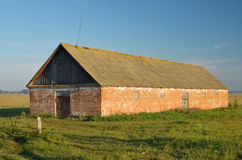 A lone barn in a field. Stock Photography