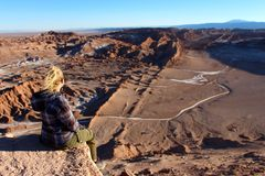 Lone traveler  looking over Valle de la Luna  chile Stock Images