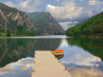 Lonely boat in lake Royalty Free Stock Image