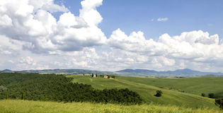 Lonely church, Val Orcia (Italy) Royalty Free Stock Photos