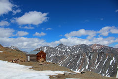 The lonely house on top of Altay mountains. Royalty Free Stock Images