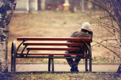 Lonely man on the bench Royalty Free Stock Photos