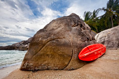 Lonely red kayak at the tropical Stock Photos