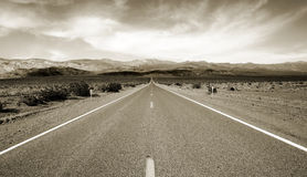 Free Lonely Road Royalty Free Stock Photos - 3764798