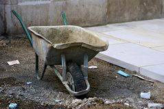 Lonely wheelbarrow Royalty Free Stock Photography