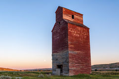 Long abandoned grain elevator Royalty Free Stock Image