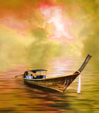 Long bateau suivi Image stock