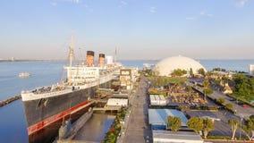 LONG BEACH CA, SIERPIEŃ, - 1, 2017: RMS Queen Mary jest oceanem Lin Zdjęcia Stock