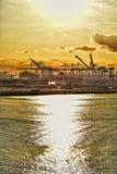Long Beach -Hafen bei Sonnenaufgang stockfotos