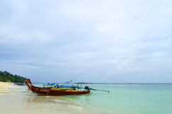 Long Beach at Phi Phi Don island. This beach, facing South-West in the Tonsai Bay, is at the South-East tip of Phi Phi Don island in the Andaman Sea, Thailand stock photography