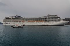 Long cruise ship by the sea Royalty Free Stock Photography