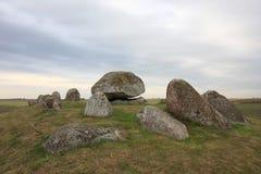 Long dolmen dans le Suédois Skegrie Photographie stock libre de droits
