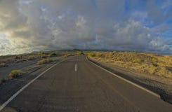 Long Empty Desert Road Royalty Free Stock Photos