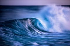 Free Long Exposed Photo Of Wave Royalty Free Stock Photos - 114591828