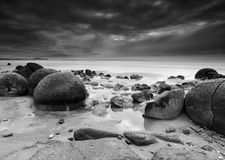 Long exposure at Moeraki Boulders, New Zealand Stock Photography