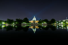 Long Exposure at Night of the United States Capitol with reflect. Ion off Water Royalty Free Stock Photos