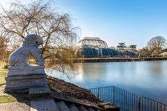Long exposure shot of fountain and pavilion in Kew Gardens, Lond. On, UK Stock Photo