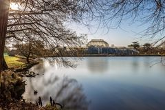 Long exposure shot of fountain and pavilion in Kew Gardens, Lond. On, UK Stock Photography