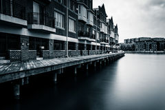Long exposure of waterfront condominiums in Fells Point, Baltimo Royalty Free Stock Photos