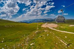 Long Funiculars ropeway line in Scenic Mountains Royalty Free Stock Photos