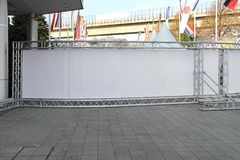 Long panneau d'affichage d'étape Image stock