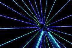 Long parc d'attractions d'exposition de nuit Photographie stock libre de droits