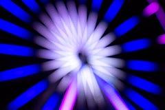 Long parc d'attractions d'exposition de nuit Photos libres de droits