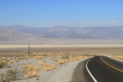 California: Long Road through Saline Valley Stock Images