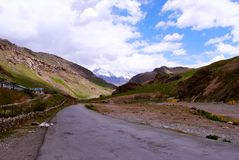 A long road leading to Ladakh Royalty Free Stock Images