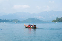 Long-tail boat on Cheow Lan Lake, Khao Sok National Park in sout Stock Photos