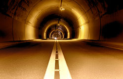 Long tunnel at night Royalty Free Stock Photography