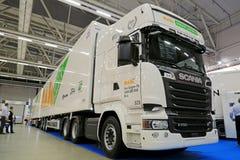 Long véhicule de combinaison de Scania R730 Image stock