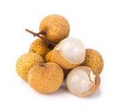 Longanfruit op een achtergrond Stock Foto