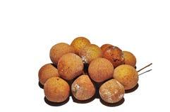 Longanfrukter som isoleras p? vit bakgrund Begrepp f?r tropisk frukt arkivfoton