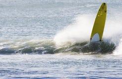 Longboard wipeout Stock Foto's