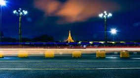 LongExposure à la pagoda de ShweDagon Image stock