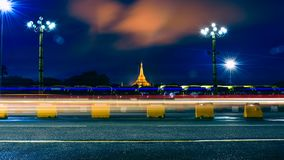 LongExposure alla pagoda di ShweDagon immagine stock
