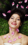 longhair härlig svart flicka Royaltyfri Bild